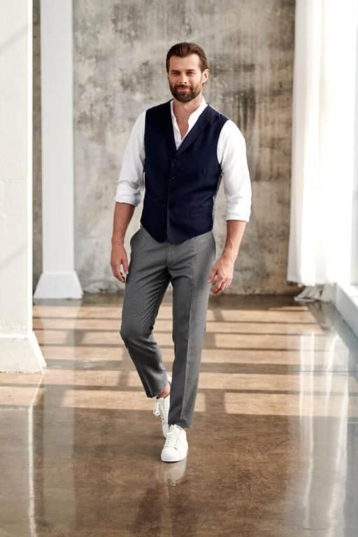 luźny styl i męska elegancja w jednym - jak to zrobić