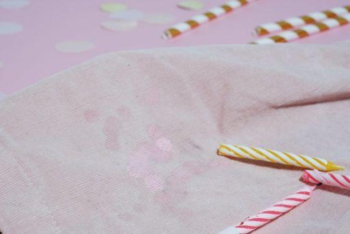 jak usunąć wosk z ubrania