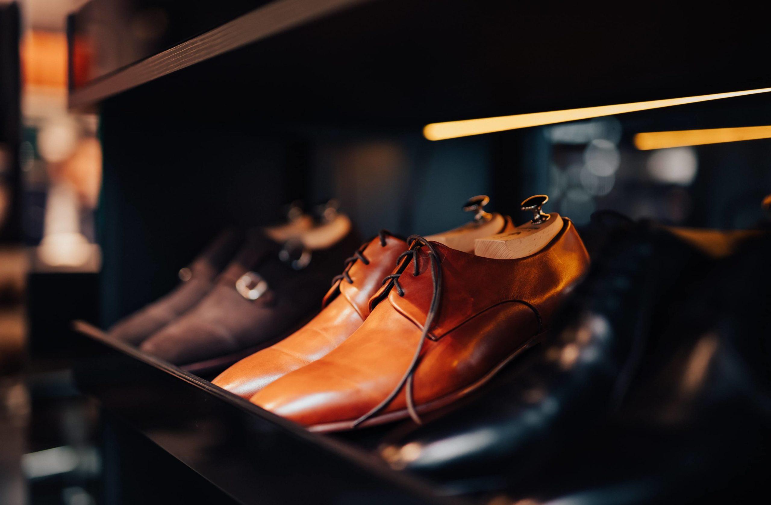 Jak dbać o skórzane buty męskie? 5 porad